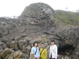 13-1根室車岩.JPG